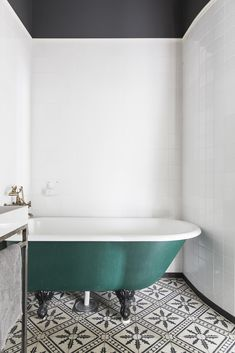 The first focal point is the teal tub. The second focal point is the tile floor that really brings out the color of the tub. Home Design Decor, House Design, Interior Design, Home Decor, Design Ideas, Design Blogs, Floor Design, Bad Inspiration, Bathroom Inspiration
