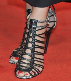 "Sandra Bullock vs. Natalie Dormer — Whose Heels Rocked at the UK Premiere of ""The Heat""?"