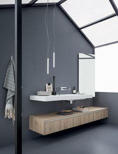 T.D.C: Colour, contrasts & natural light. Bathroom by Birex