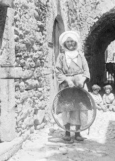 Photograph - - Woman with sieve - Kalamoti, Chios Benaki Museum, Greece History, Chios, Athens Greece, Family History, The Past, Genealogy, Greeks, Tools