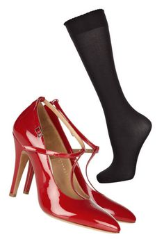 Hot shoes! Maison Martin Margiela pumps with Wolford socks