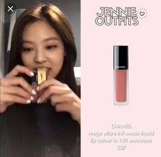 Chanel Lipstick, Chanel Makeup, Beauty Makeup, Eye Makeup, Ulzzang Makeup Tutorial, Makeup Storage Organization, Makeup Items, Inspirational Celebrities, Lip Colour