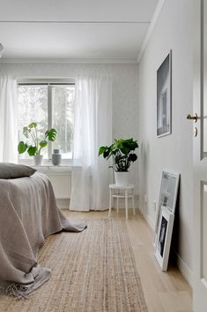 . Solstrålevägen 137 - Bjurfors Uppsala, White Apartment, Small Changes, New Room, Decorative Objects, Old And New, Beautiful Things, Home Furniture, Minimalism