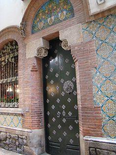 Puertas y ventanas Barcelona 01 | Flickr: Intercambio de fotos