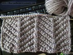 Only knit and purl stitches are used to make up this herringbone texture knitting stitch