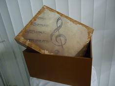 caixa para presente em mdf feito por angela maia barth
