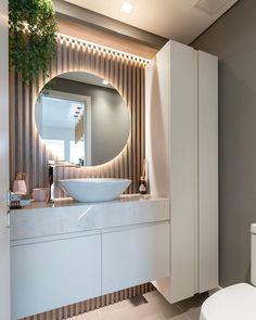Gabriele (@gabi.ccorrea) • Fotos e vídeos do Instagram Home Room Design, House Design, Washbasin Design, Location Meublée, Office Furniture Design, Vanity Design, Toilet Design, Bathroom Design Luxury, Upstairs Bathrooms