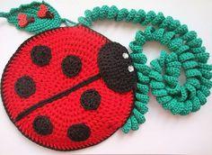 Милая божья коровка улетает к чудесной девочке, моей любимой крестнице #crochet#crochetbag#lovecrochet#lovebags#bagbug#crochetwithlove