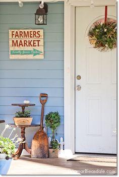 Blue Cottage Decor: Our Porch and Yard. Dagmar's Home DagmarBleasdale.com #cottage #littlehouse #bluecottage #vintage #thrifting #farmhouse #DIY #thingsmatter #home #love
