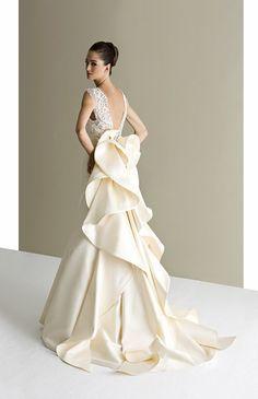 3def22803ebcc 17 件のおすすめ画像(ボード「Wedding Dress/白ドレス」)