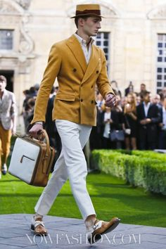 Shades of Anthony Joseph Drexel Biddle, Sr. and Cap d'Antibes.    Berluti Menswear Spring Summer 2014 Paris
