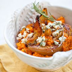 Smashed sweet potatoes with Wisconsin blue cheese and roasted pears. It's hard not to love WI blue cheese - Seymour Dairy Crest, Hook's, and Mindoro all spring to mind. On this side of the border, visit the Caves of Faribault.