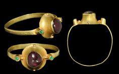 ring; 13th-14th century, gold, emerald, amethyst