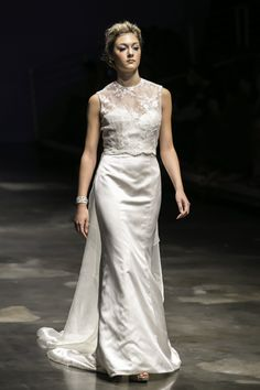trumpet wedding dress with sweetheart neckline and removable illusion, lace top with removable train
