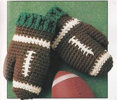 Vintage Crochet football Mittens - I could probably knit something similar...