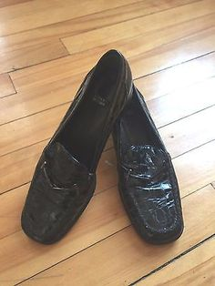 17aafa1ae48 Stuart Weitzman Crocodile Black Heel Leather Loafers Womens Shoes Size 8 1 2