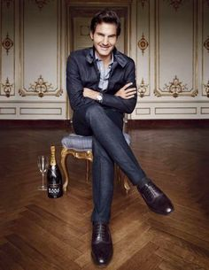 網球場的路上。to the tennis court: 費德勒專訪與Town & Country - Tennis Great Roger Federer from Town & Country Oct 2014