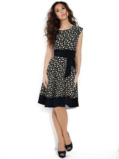 ef1a4a6d25 Myleene Klass Daisy Print Dress Star Fashion