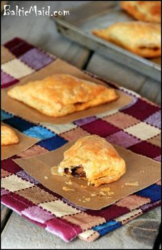 Cuban Meat Pastries - Pastelitos de Picadillo