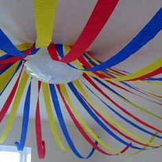 BabyZone: A Circus-Theme.near garage/pool bath! Clown Party, Circus Carnival Party, Kids Carnival, Circus Theme Party, Carnival Birthday Parties, Circus Birthday, Baby First Birthday, Birthday Fun, First Birthday Parties