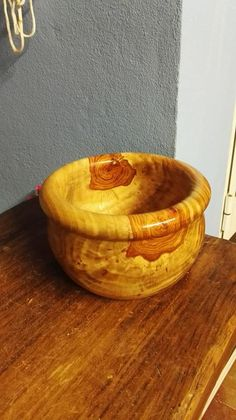Wood Turning Projects, Projects To Try, Turned Wood, Wood Bowls, Woodturning, Lathe, Wood Carving, Project Ideas, Woodworking Projects