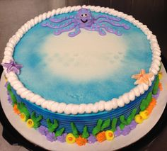 Holloween Cake, Dragon Cupcakes, Dairy Queen Cake, Airbrush Cake, Ocean Cakes, Dad Cake, Flamingo Cake, Cake Decorating, Decorating Ideas