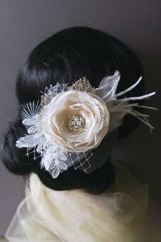 Vintage Inspired Bridal Hair Accessory Champagne by BelleBlooms