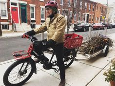 Benno Boost E-bike loaded with branches and headed to one of the vendors at the Philadelphia flower show. Bike Trailer, Cargo Bike, Branches, Trailers, Philadelphia, Cycling, Bicycle, Flower, Pink