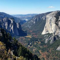 The valley of Yosemite National Park, USA #roadtrip