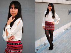 Saia Étnica + Meia-calça