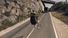 Paraglider faz voo arriscado puxado por caminhão em novo vídeo da Volvo http://snip.ly/nl9md #facebookmarketing #publicidadeonline #marketingdigital #redessociais #facebook #empreendedorismo #empreendedor #dinheiro #sucesso #empreenda #negócio