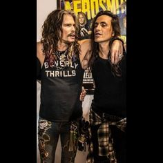 Steven Tyler and Nuno Bettencourt Nuno is too damn thin, But still smokin hot