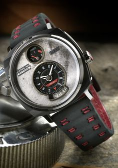 REC P51-04 Automatic Raven Black Limited Edition (P51-04) Limited Edition Watches, Cool Watches, Chronograph, Omega Watch, Cool Stuff, Stuff To Buy, Raven, Clocks, Accessories