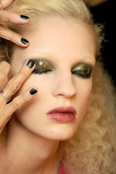 Marc Jacobs Spring 2011 Ready-to-Wear Fashion Show Beauty