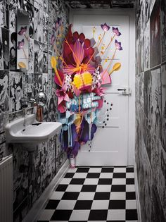 How funny would it be to walk into just a regular bathroom (or so you think) and as you close the door a pop up comes out! This is so awesome! lol [Ambi Pur Supersize Popup (Media) by Jacques Pense, via Behance] Art Floral, Arte Pop Up, Pop Art, Flower Room, Creative Advertising, Home And Deco, Design Art, Set Design, Origami