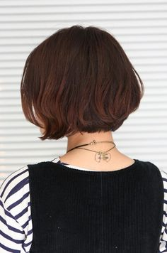 Back View Of Short Haircuts | Back View of Cute Asian Bob Hairstyle