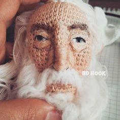 """1,836 Beğenme, 241 Yorum - Instagram'da BD HOOKyetişkin gurumicisi (@bd_hook): """"Hayirli cumalar  Sarumana benzemiyeydi iyiydi  White Gandalf  #amigurumi #weamiguru…"""""""
