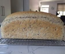 Recipe High Rise White Chia and Seeds Bread by tayapetsheny - Recipe of category Breads & rolls
