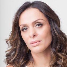 Vanessa Machao é atriz e Youtuber Brasileira! Faz sucesso na tv, cinema e no seu canal VanessaMachadoA no youtube! Sigam-na!