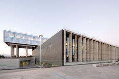 El Carmen Hospital Maipu / BBATS Consulting & Projects + Murtinho+Raby Arquitectos