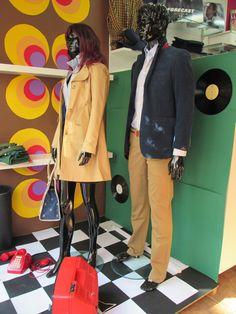 Escaparatismo en boutique de moda para temporada Otoño 2014.