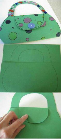 Girls can decorate a paper purse Preschool Crafts, Fun Crafts, Arts And Crafts, Paper Crafts, Projects For Kids, Diy For Kids, Crafts For Kids, Craft Kids, Art N Craft