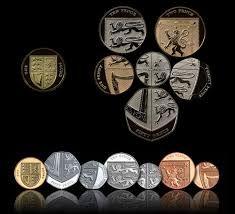 Libra esterlina (1970-em uso) (x) 10 pence (2011-2015) O: Elizabeth II (rainha desde 1952) usando a tiara das Garotas da Grã-Bretanha e Irlanda e seu nome/R: parte do escudo do brasão de armas do Reino Unido e valor por extenso; (x) 20 pence (2008-2015) O: Elizabeth II (rainha desde 1952) usando a tiara das Garotas da Grã-Bretanha e Irlanda e seu nome/R: parte do escudo do brasão de armas do Reino Unido e valor por extenso;
