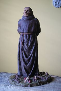 Hey, I found this really awesome Etsy listing at https://www.etsy.com/listing/172266547/vintage-tom-clark-statue-st-francis-12