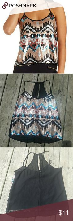 SEQUINED TRIBAL PRINT CROPPED TANK in EUC,from CR size xs Charlotte Russe Tops Crop Tops