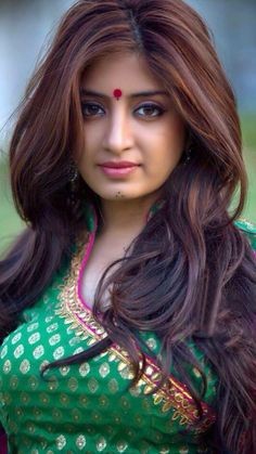 Top 10 Countries With The World's Most Beautiful Women (Pictures included) Beautiful Girl Photo, Beautiful Girl Indian, Most Beautiful Indian Actress, Most Beautiful Women, Beautiful Actresses, Beauty Full Girl, Beauty Women, India Beauty, Asian Beauty