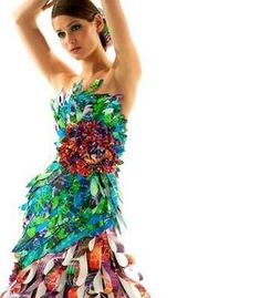 recycled+couture+fashion | ... Fashion - From Upcycled Household Garments to Recycled Swimwear