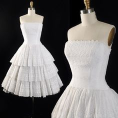 Vintage 50s Lanz Dress / 1950s Eyelet EMBROIDERED White Cotton Tulle Floral Full Tiered Tea Length Skirt WEDDING Bridal SUNDRESS Xs S Small