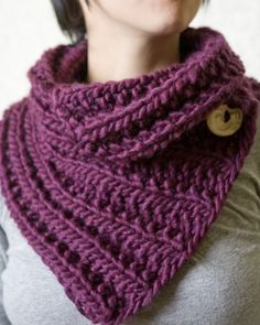 neck warmer. I would like one of these gran san! @Sandra Pendle Wilson