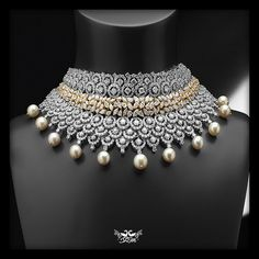 Gorgeous Diamond necklace from Shree Raj Mahal Jewellers #wedding #indianwedding #diamonds #designerbridaljewellery